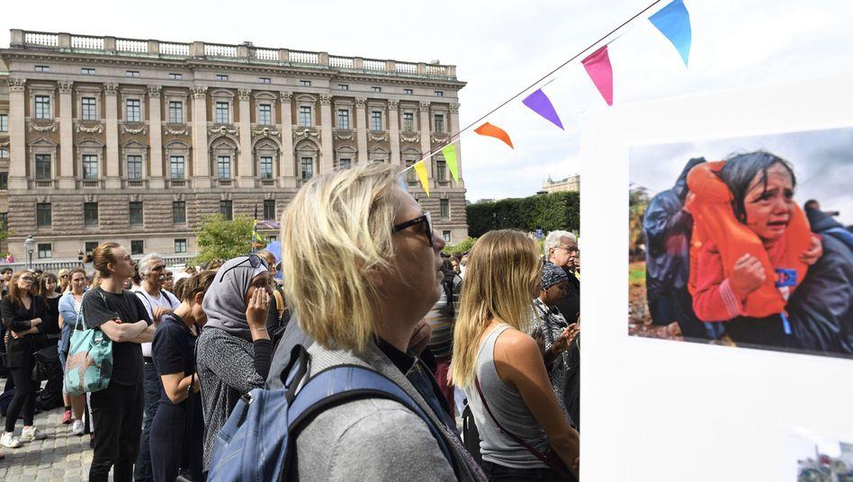 Demonstranten vor schwedischem Parlament in Stockholm