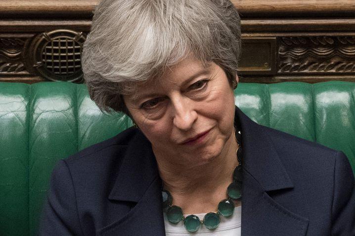 Premierministerin May - zwei Niederlagen an einem Abend