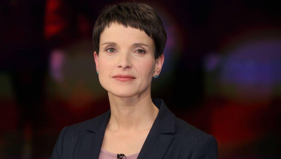 AfD-Vertreterin Frauke Petry: Sprach bei Illner lieber über Asylpolitik als Pegida