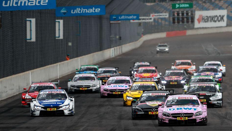 DTM-Wagen auf dem Lausitzring