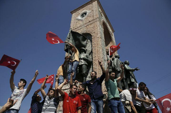 Erdogan-Unterstützer auf dem Taksim-Platz
