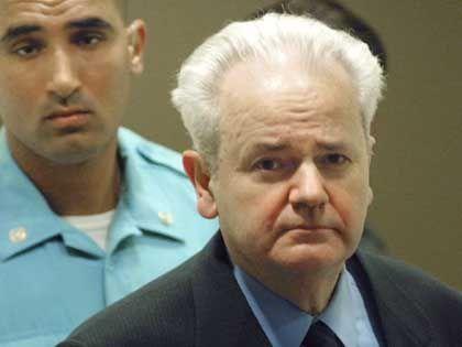 300 Zeugen sagen gegen ihn aus: Jugoslawiens Ex-Präsident Milosevic