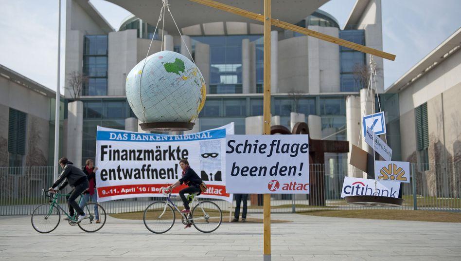 Aufruf zum Bankentribunal (am Kanzleramt): Große Chance vertan