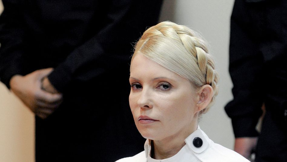 Former Ukrainian Prime Minister Yulia Tymoshenko was found guilty on Tuesday of abusing her position.