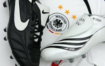 Adidas- und Nike-Schuhe, DFB-Trikot: Partnerschaft verlängert