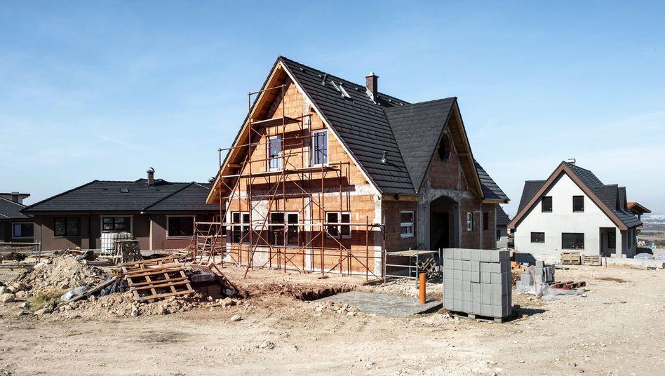 """Baustelle Eigenheim: """"Die meisten Bauherren rechnen schlicht nicht damit, wie tief sie fallen können"""""""