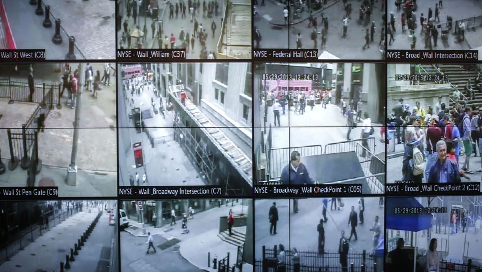 The British-American Tempora surveillance program trains an all-seeing eye on the public.