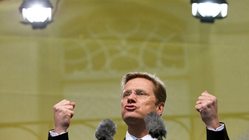 FDP head Guido Westerwelle has had a difficult time striking the right chords now that he is in government.