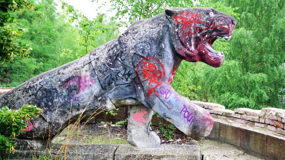 Löwenkaserne Elstal: Scherben, Trümmer, Gift
