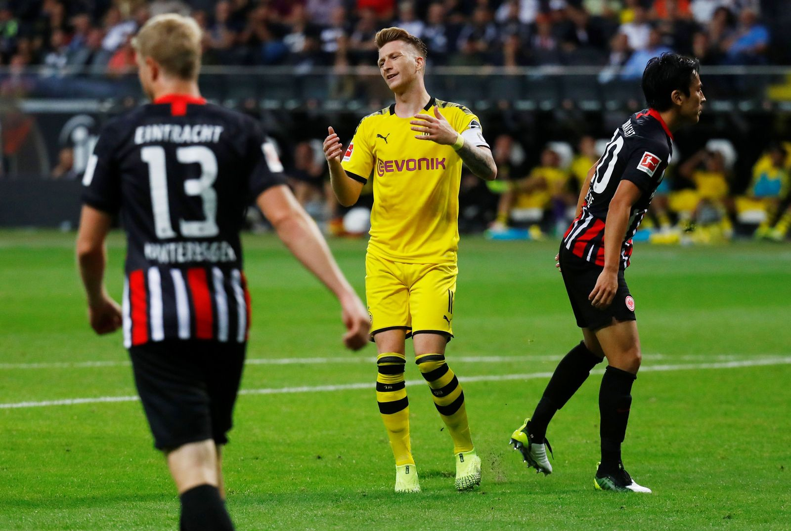 SOCCER-GERMANY-SGE-DOR/REPORT