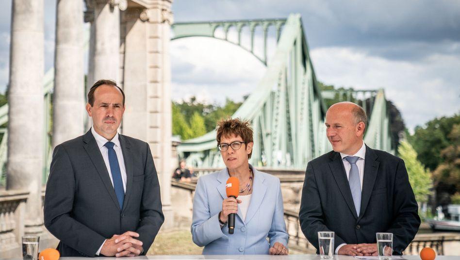 """CDU-Politiker Senftleben, Kramp-Karrenbauer, Wegner: """"Das Kreuzchen an der richtigen Stelle setzen"""""""