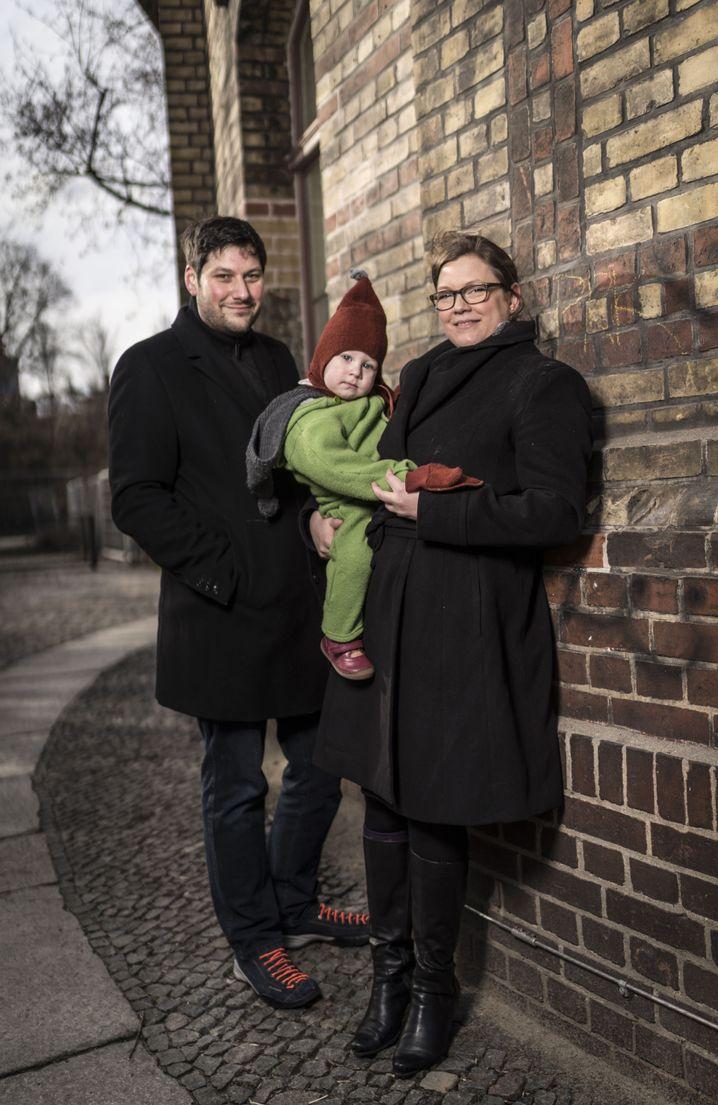 Innovationsmanager Stockmann mit Ehefrau Claudia Krell und Sohn Anton Stockmann