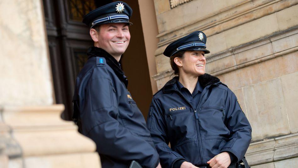 Polizisten in Uniform (in München)
