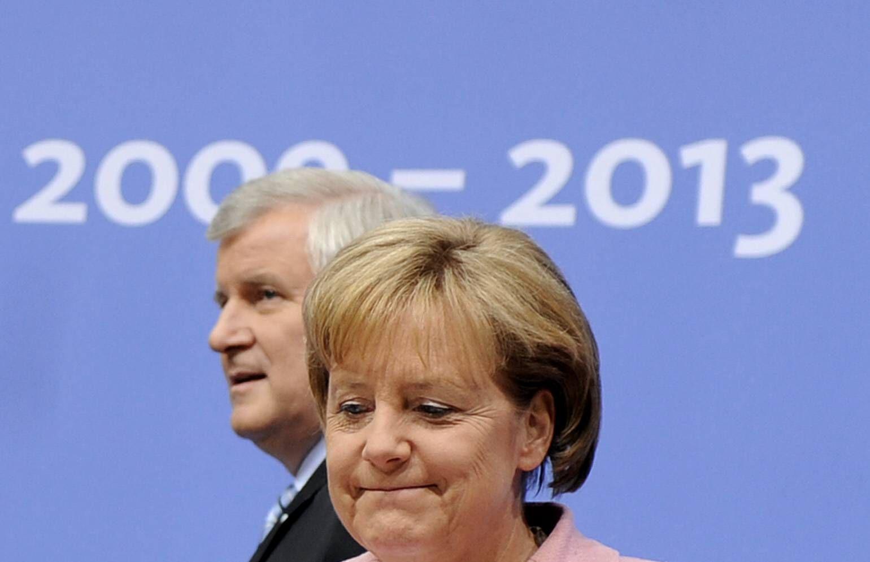 NICHT VERWENDEN Seehofer / Merkel
