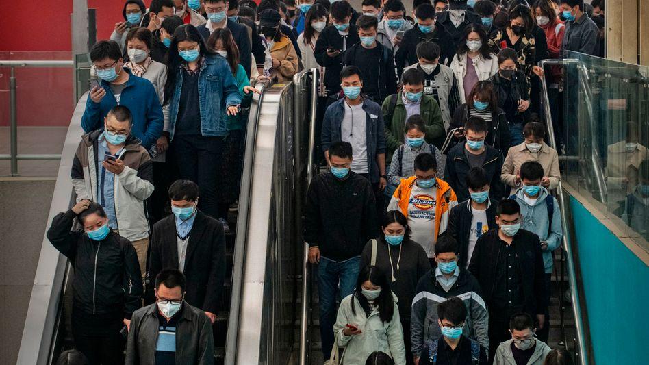 Pendler in Peking: Auch China hat das demografische Optimum hinter sich gelassen