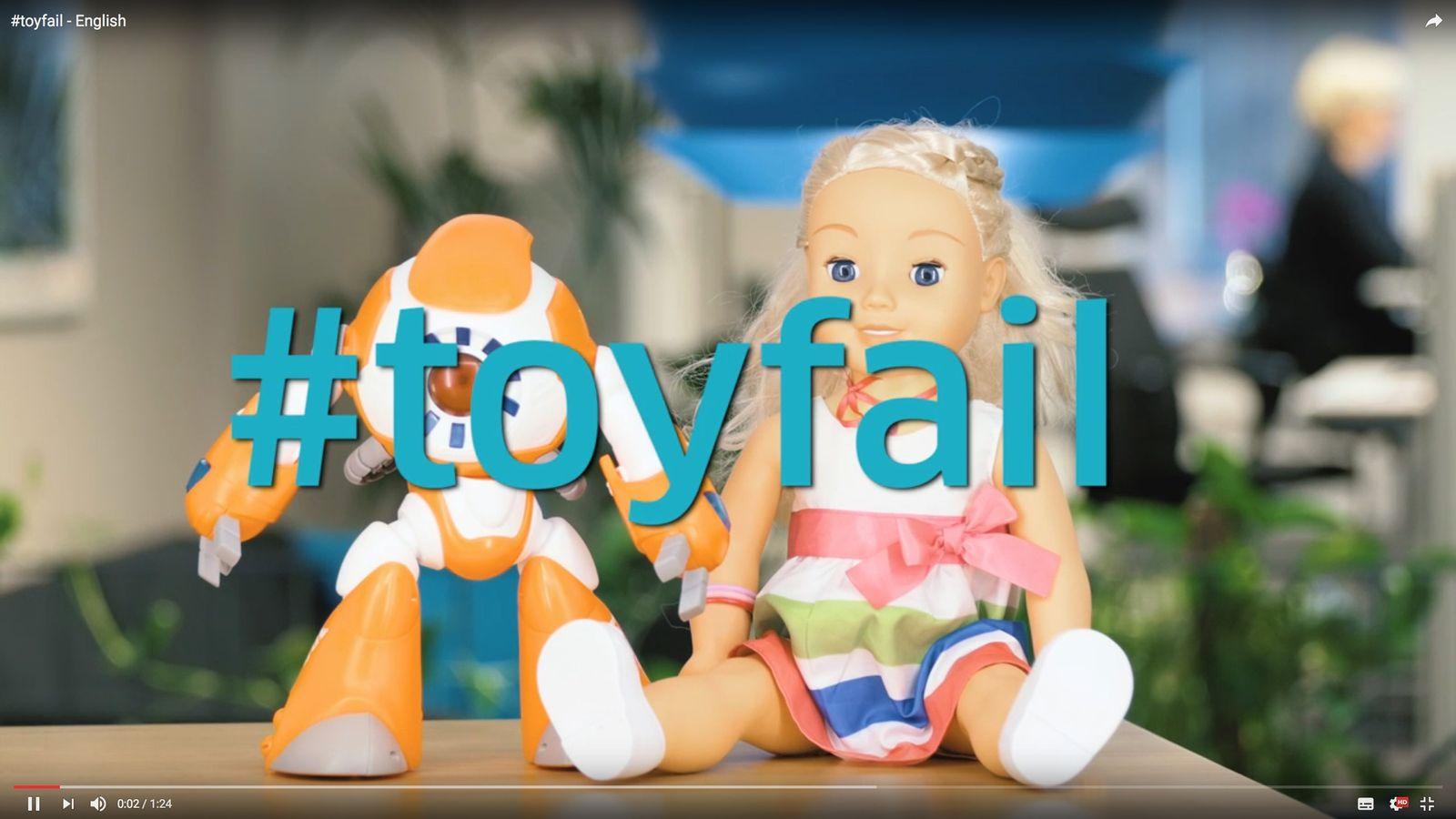 NUR ALS ZITAT Screenshot #toyfail/ Puppen mit Internet