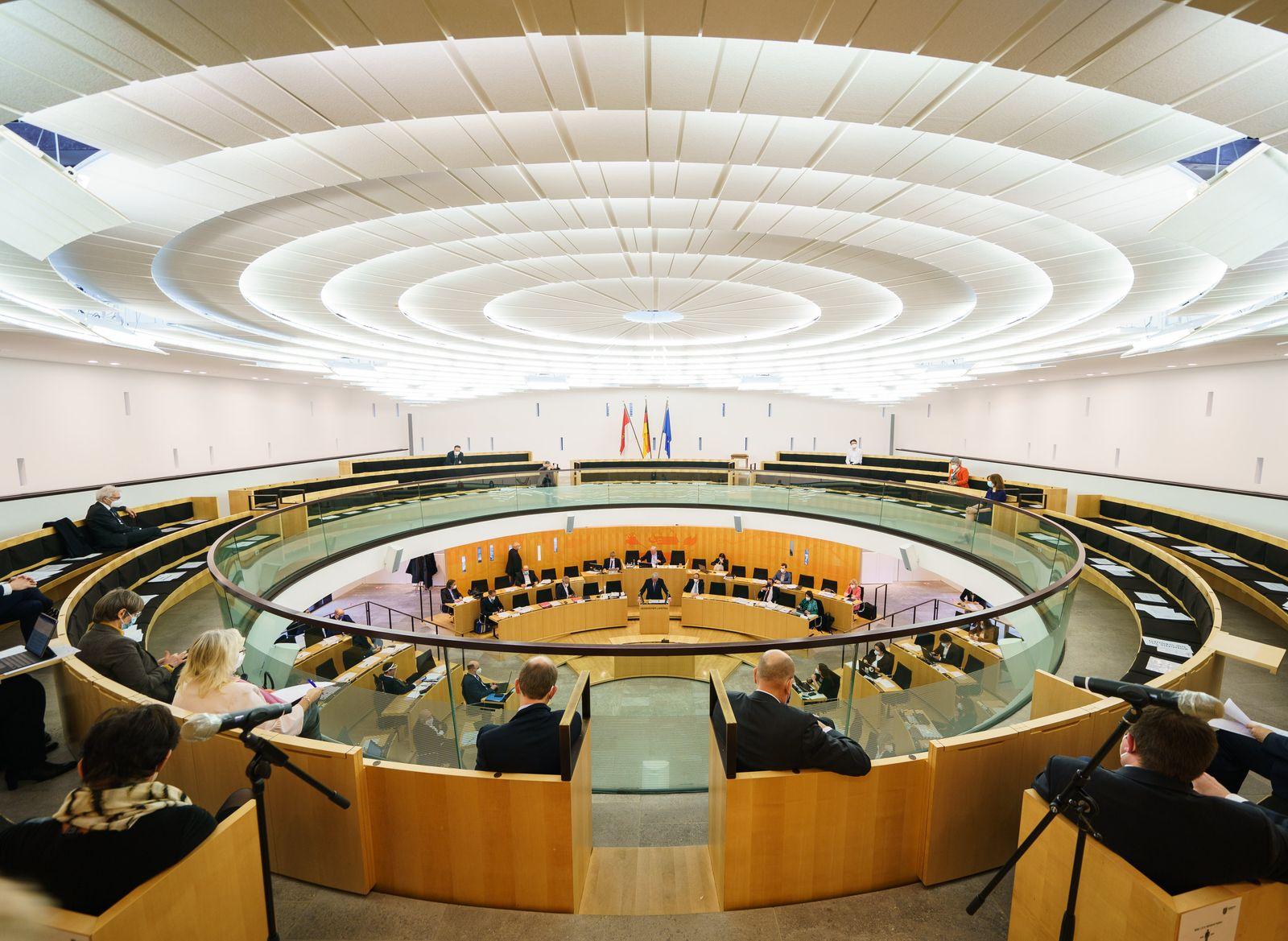 Landtag Wiesbaden - Plenarsitzung