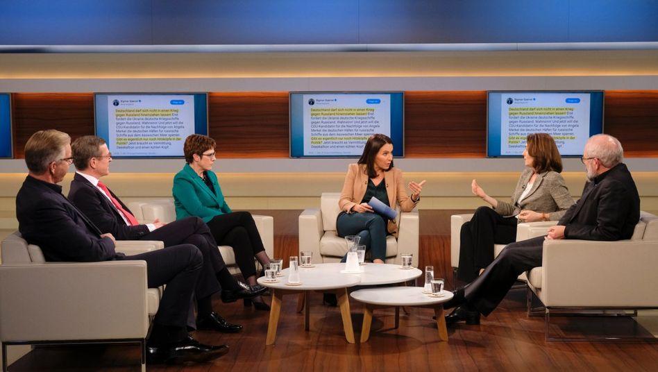 Moderatorin Will (3.v.r.) mit ihren Gästen