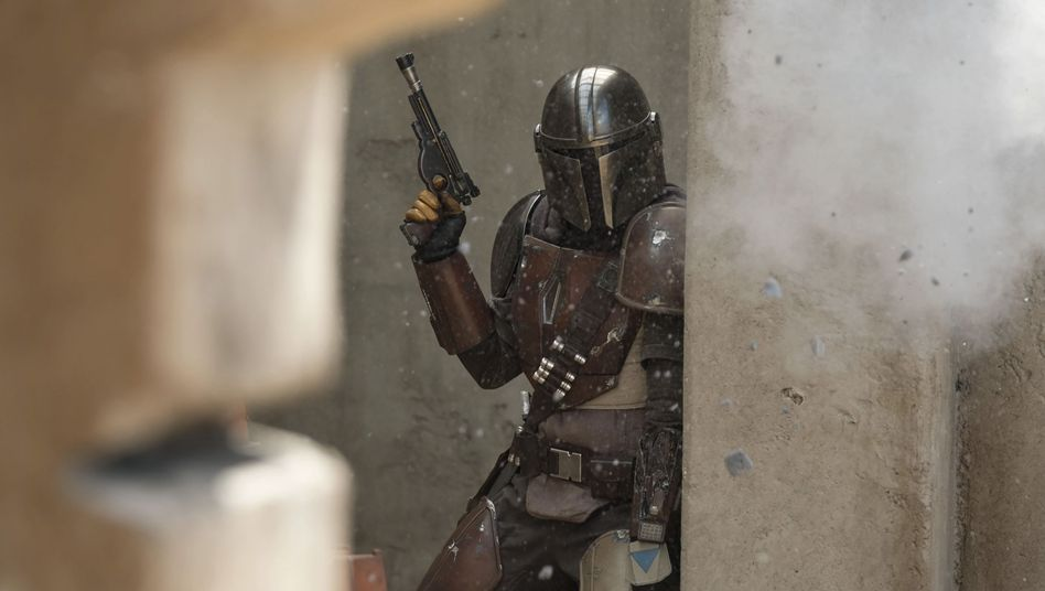 """The Mandalorian"" mit Hauptdarsteller Pedro Pascal: ""Star Wars"" im Western-Modus"