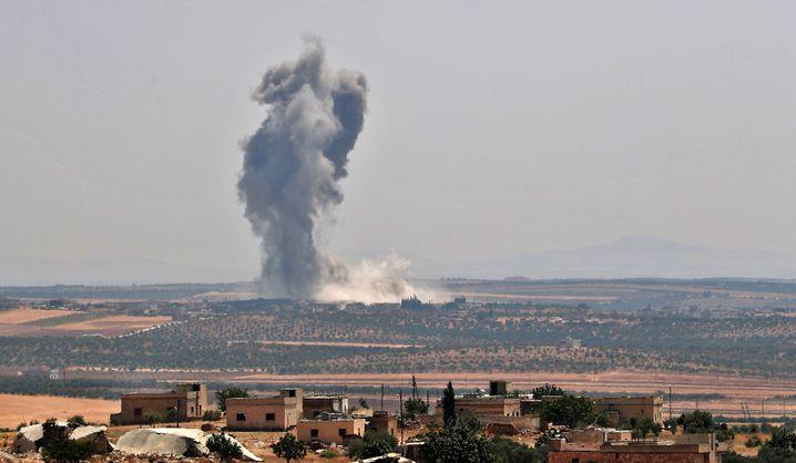 Luftangriff auf Chan Scheichun: Mehr als 540.000 Flüchtlinge seit April