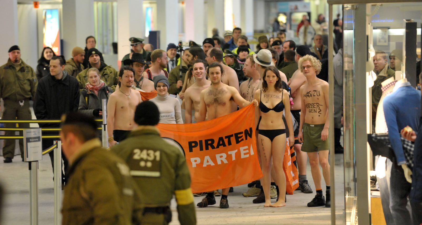 Protest gegen Nacktscanner