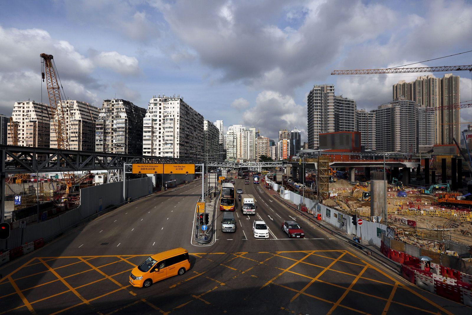 HongKong / Autos /
