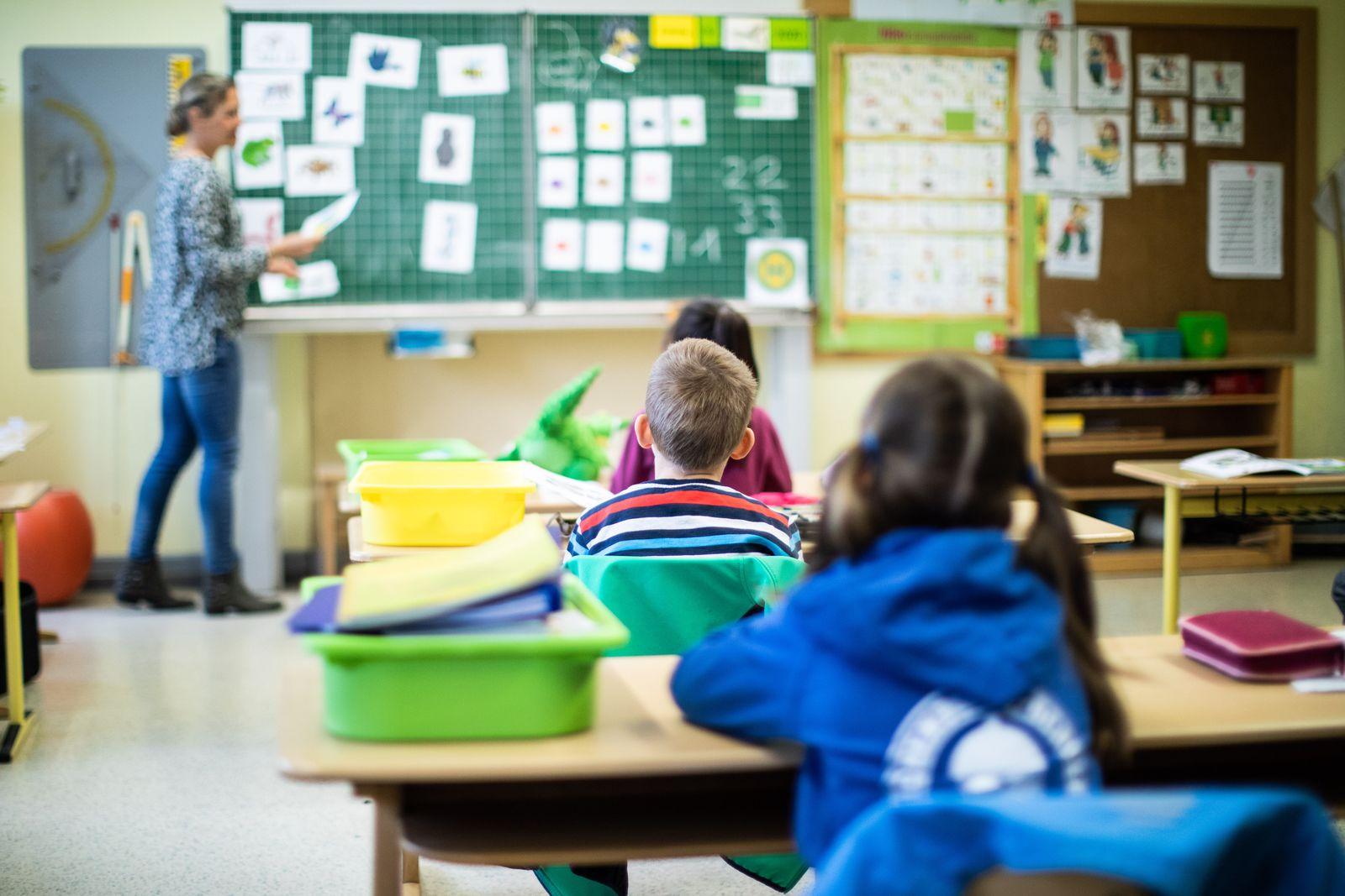Coronavirus - NRW-Grundschulen kehren zu Regelbetrieb zurück