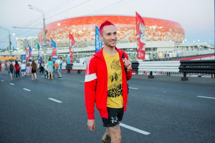 Anton Kudimow in der Nähe des Stadions