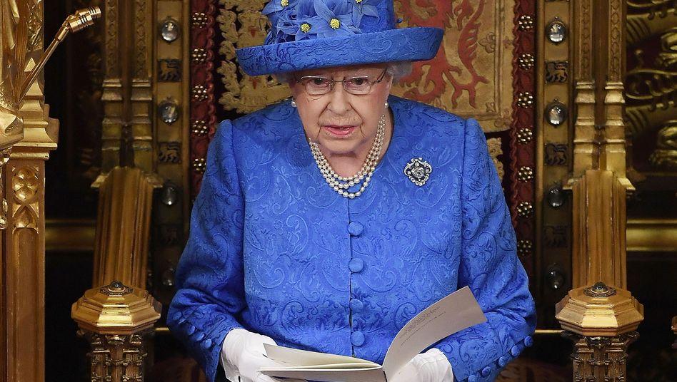 Königin Elizabeth II. bei einer Rede vor Politikern: Der Brexit-Handelspakt kommt