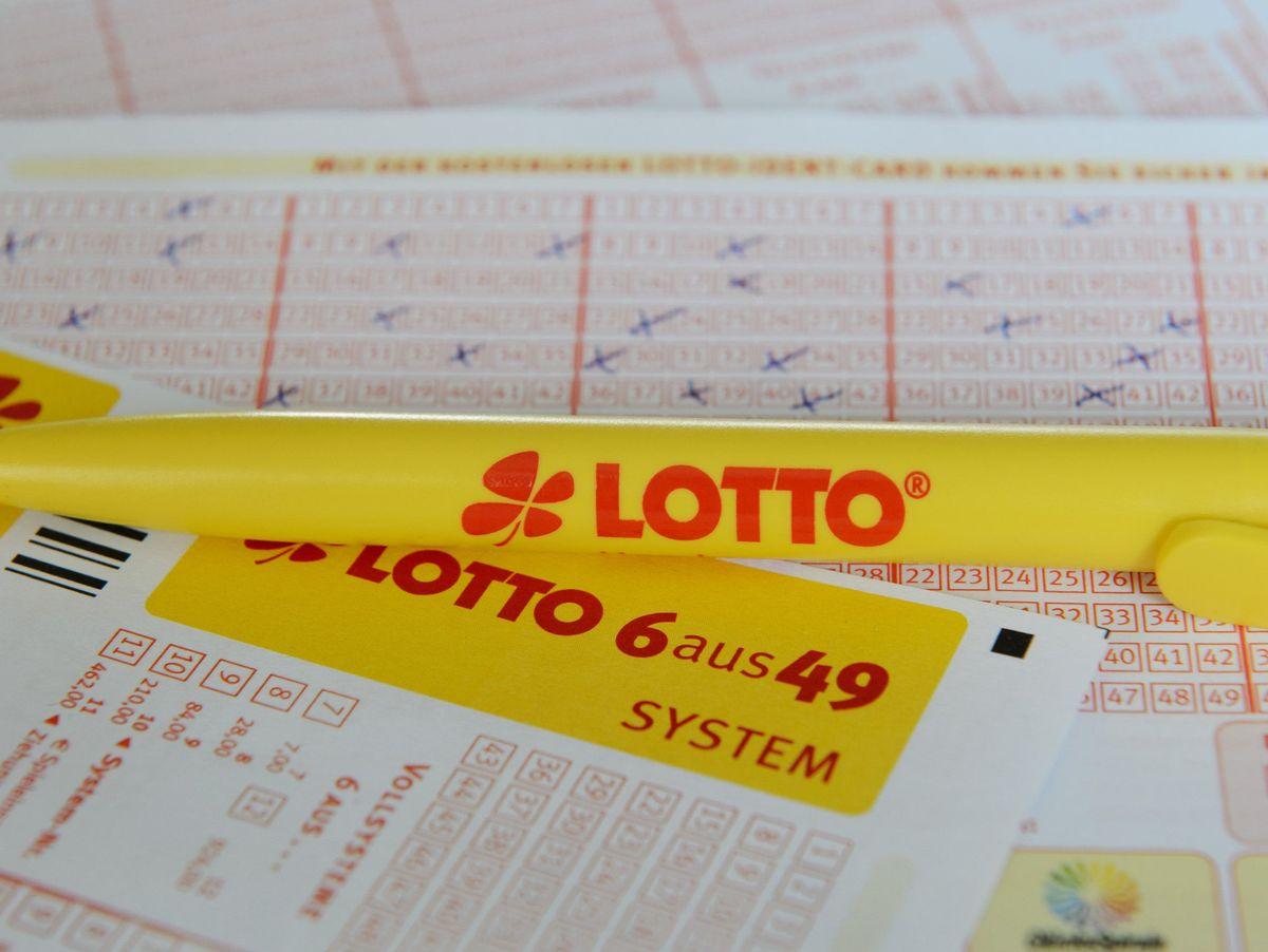 Lotto In Reutlingen 11 3 Millionen Gewonnen Unbekannter Holt