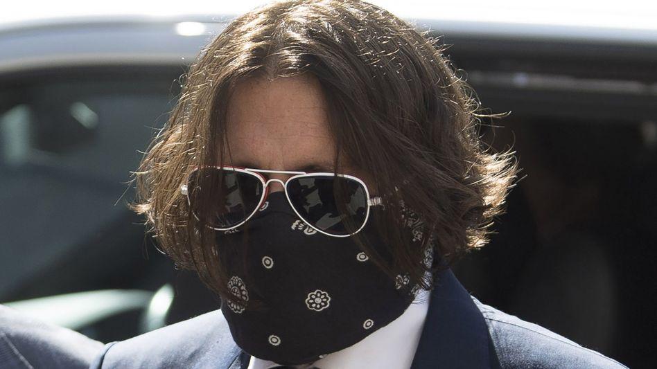 Ankunft am Gericht: Schauspieler Johnny Depp erscheint persönlich zum Prozessauftakt