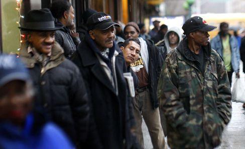 Schlange vor einer Suppenküche in Harlem: Afroamerikanische Unterschicht