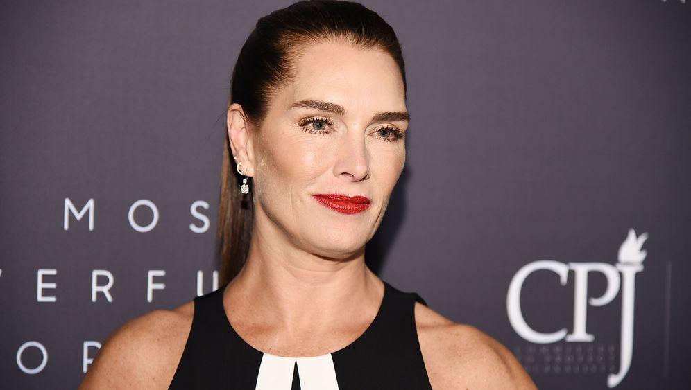 Brooke Shields' Markenstreit mit Kosmetikfirma: Das kann ins Auge gehen