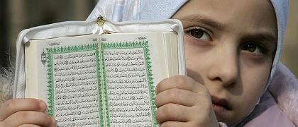 Mädchen mit Koran: Nicht naiver stellen, als man ist
