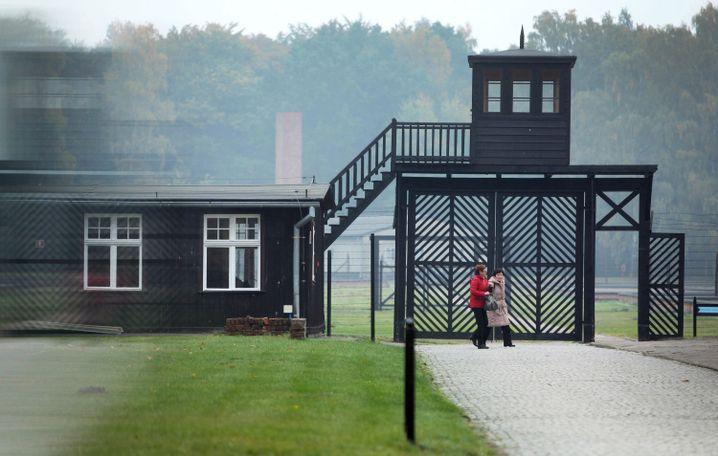 La entrada al Museo Stutthof cerca de Gdansk, el sitio del campo de concentración de Stutthof durante la Segunda Guerra Mundial.