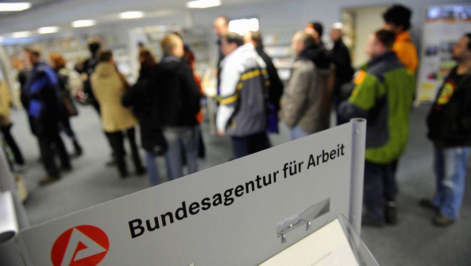 Arbeitsagentur in Dresden: DGB fordert mehr Geld vom Bund
