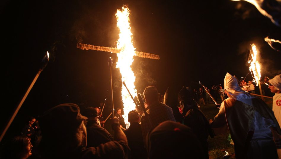Mitglieder des Ku-Klux-Klans