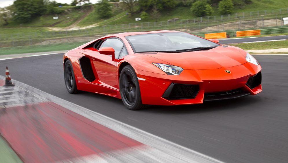 Lamborghini Aventador: Volle Kante Karbon