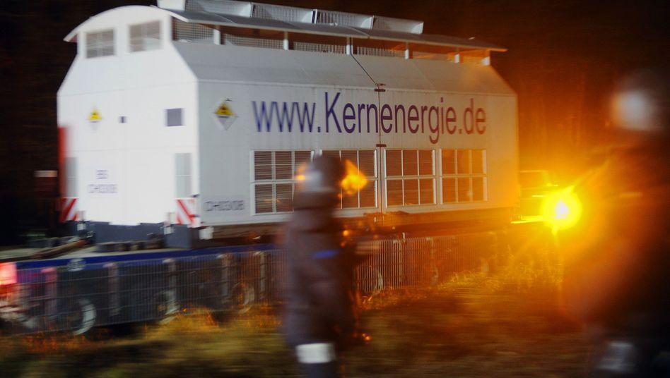 Castor-Behälter vor Gorleben: Wohin mit dem restlichen Atommüll?