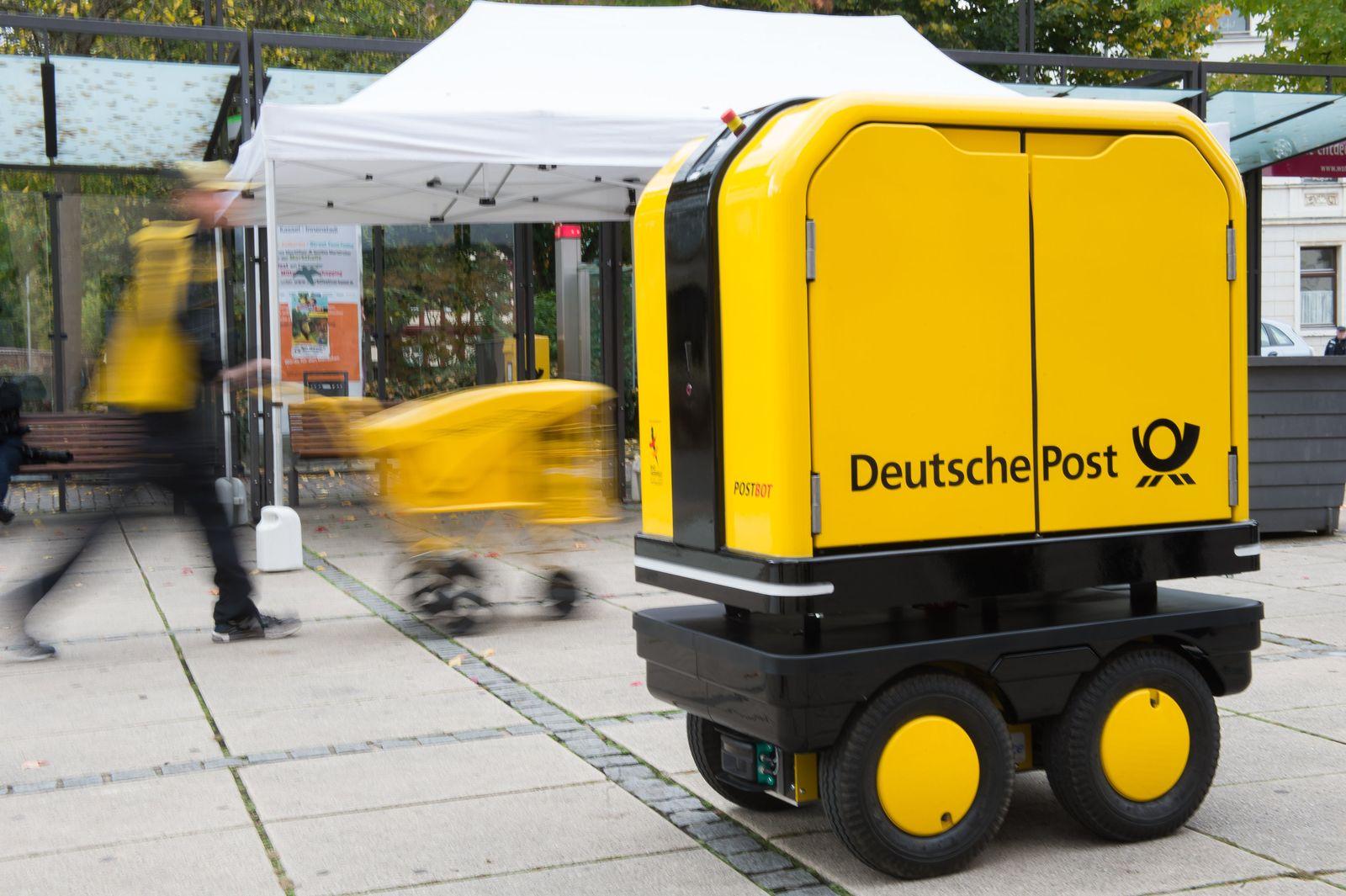 Roboter/ Postbot