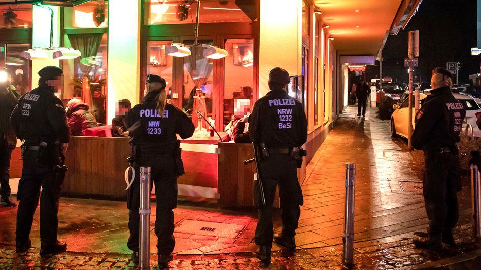 Polizeieinsatz im Clan-Milieu in Bochum 2019 (Symbolbild)