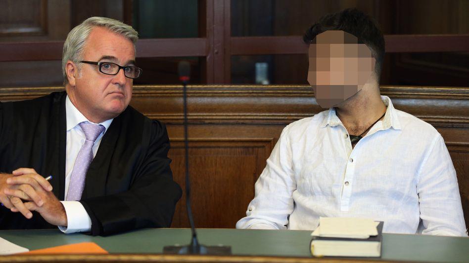Prügelattacke beim Alexanderplatz: Haupttäter im Fall Jonny K. zu viereinhalb Jahren Haft verurteilt