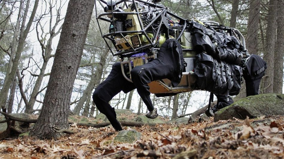 """Laufroboter »Big Dog"""": Unbelehrbare Dummheit der Maschine"""