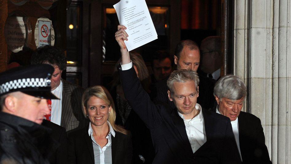 Grandstander or hero-nerd? Julian Assange in London on Thursday.
