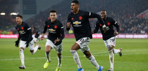 Premier League: Manchester United win draw against Sheffield - ENGLISH FOOTBALL 1