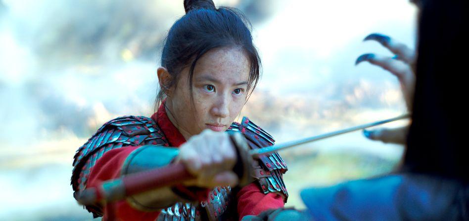 Mulan, gespielt von Liu Yifei, im gleichnamigen Film