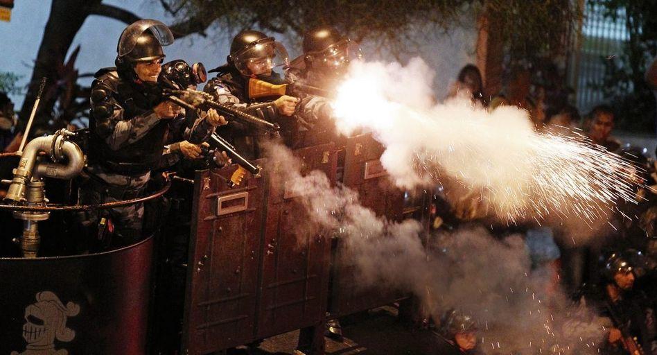 Polizeieinsatz gegen Protestierende