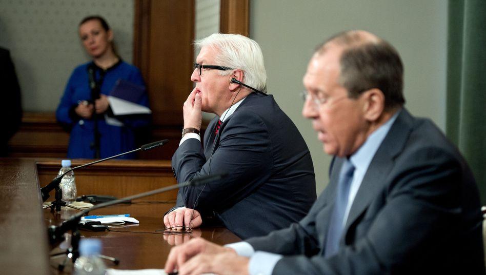 Steinmeier und Lawrow: Ukraine müssen selbst Probleme lösen dürfen