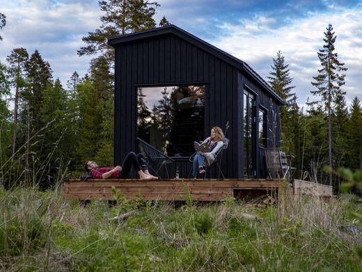 Die klug durchdachten Häuschen bieten größten Komfort auf kleinem Raum und genug Privatsphäre, um in Zeiten von Corona entspannt Distanz zu wahren