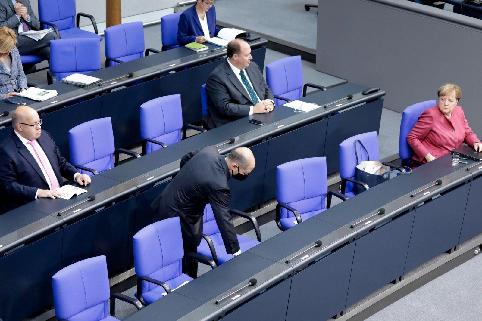 Peter Altmaier, Bundesminister fuer Wirtschaft und Energie, CDU, Helge Braun, Chef des Bundeskanzleramtes, Olaf Scholz,